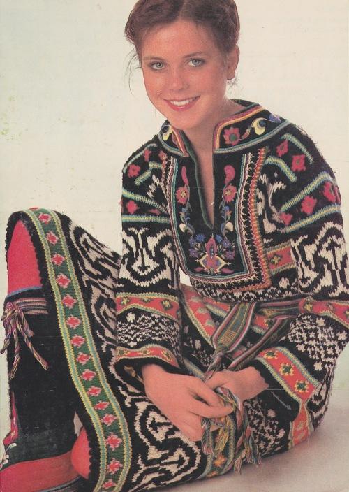 Nordic knit dress2