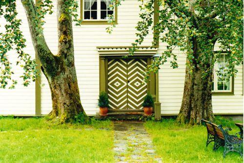 Norway green door