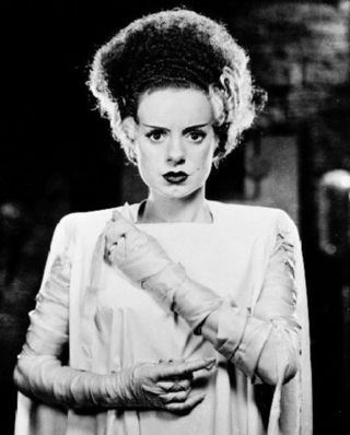 Bride_of_Frankenstein_(Universal_Classics)_001
